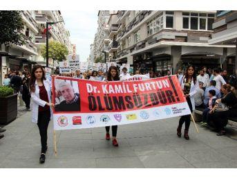 Samsun'da Görevi Başında Öldürülen Doktor Anıldı