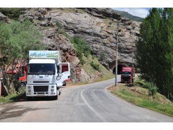 Tunceli-erzincan Karayolu 10 Gündür Transit Geçişlere Kapalı