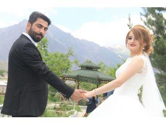 Hayırsever İş Adamı İçin Görkemli Düğün