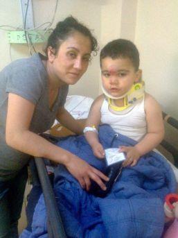 4. Kattan Düşen 3 Yaşındaki Çocuğu Havada Yakaladı