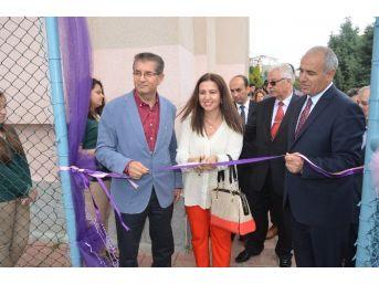 Çorlu Anadolu Lisesi Halı Sahası Törenle Açıldı