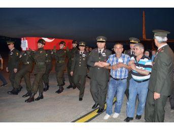 Şehit Okan Korkut'un Naaşı Zonguldak'a Getirildi
