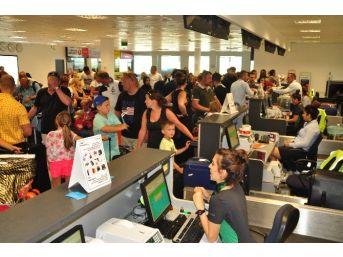 Gazipaşa-alanya Havalimanında Yolcu Sayısı 61 Bin Kişi Düştü