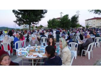 Osmaneli Belediyesi'nin Sokak İftarları