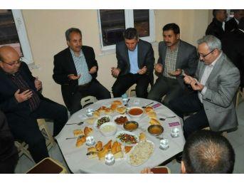 Akşehir Belediyesi Vatandaşlarla İftarda Buluşturdu