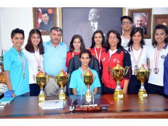 Aydınlı Sporculardan 1 Şampiyonluk 5 Kupa