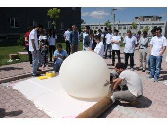 Genç Mucitlerin Yüksek İrtifa Balonu 100 Bin Feet'ten Görüntü Çekecek