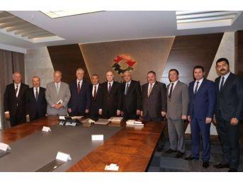 Osbük Yönetimi, Bilim, Sanayi Ve Teknoloji Bakanı Faruk Özlü'yü Ziyaret Etti
