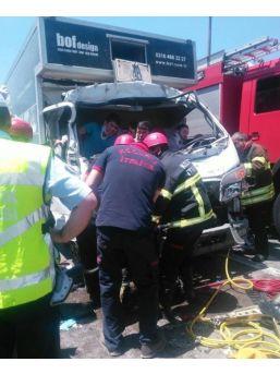 Tem'de Feci Kaza: 4 Yaralı