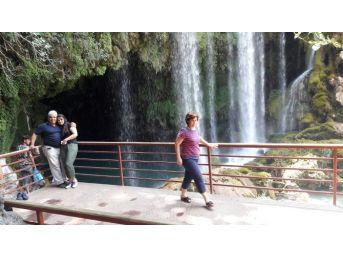 Yerköprü Şelalesi'ne Ziyaretçi Akını