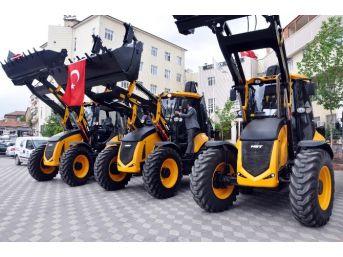 Sorgun Belediyesi Makine Parkına İş Makinesi Takviye Etti
