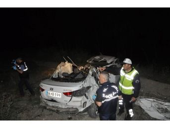 Yozgat'ta Otomobil Takla Attı: 2 Ölü, 3 Yaralı
