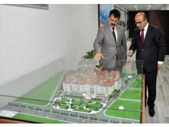 Vali Demirtaş'tan Adana Adliyesi'ne İade-i Ziyaret