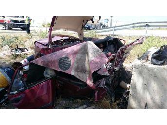 Afyonkarahisar'da Trafik Kazası: 4 Ölü, 1 Ağır Yaralı (2)