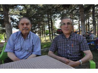 Sandıklı'da Eğitime Destek Derneği Burs Verdiği Ögrenci Sayısını Artırdı