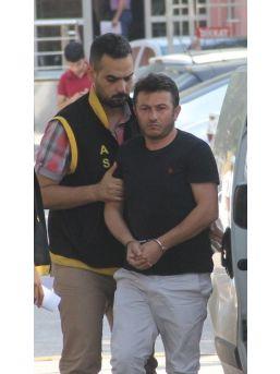 Kuşadası'nda Bir Kişi Dolandıran Şüpheli Adana'da Yakalandı
