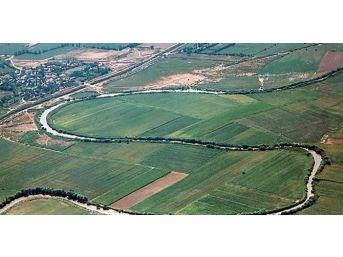 """Özdemir: """"menderes Ovası Daha Çok Tahrip Olmadan 'tarımsal Sit' Olmalı"""""""