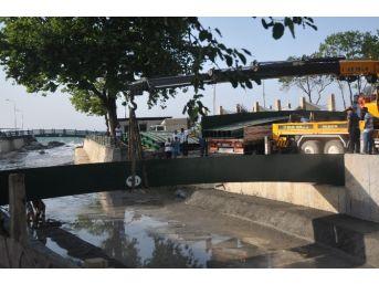 Akçakoca Çivi Deresine Yeni Köprü Konuyor
