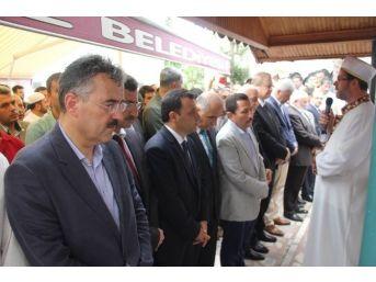 İzmir Valisi Erol Ayyıldız'ın Babası Toprağa Verildi