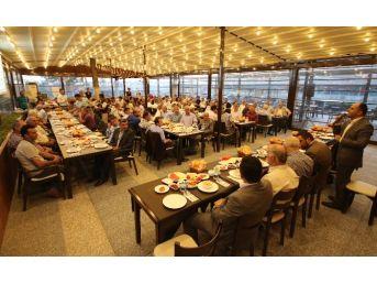Beyşehir Belediyesi'nden Muhtarlara İftar Yemeği
