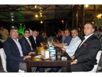 Başkan Akdoğan'dan Başsavcı Tekne Ve Hakim Yerdelen İçin Veda Yemeği