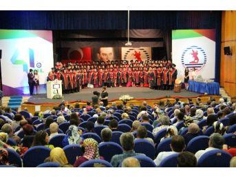 Omü'den Diş Hekimliği 107 Mezun Verdi