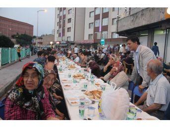 Başkan Şahin, Fatih Mahallesi Sakinleri İle İftarda Buluştu