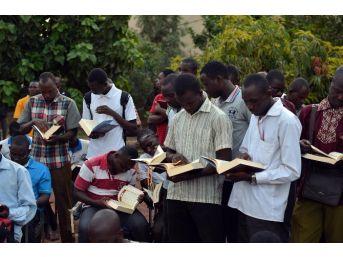 Türkiye Diyanet Vakfı, Kur'an'a Hasret Gönüllere Kur'an-ı Kerim Ulaştırıyor
