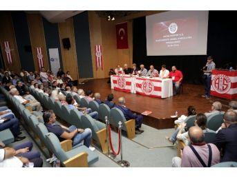 Antalyaspor'un Yeni Başkanı Ali Şafak Öztürk