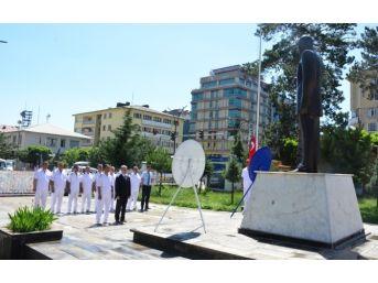 Denizcilik Ve Kabotaj Bayramı Dolayısıyla Çelenk Sunma Töreni Düzenledi