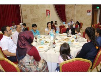 Lösemili Çocukları Diyanet Vakfı Bir Araya Getirdi
