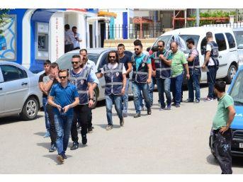 Karaman'da Uyuşturucu Satıcılarına Operasyon: 8 Gözaltı