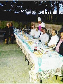Başkan Arslan, Afetzedelerle İftarda Bir Araya Geldi