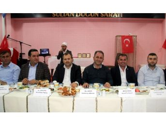 Bozkurt'taki Ak Partililer Birlikte Oruç Açtı