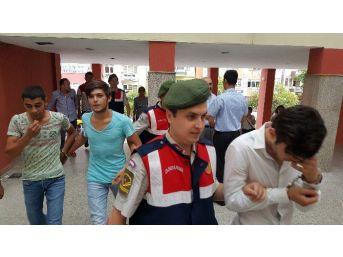 Silahlı Soygun Zanlıları Jandarma Tarafından Yakalandı
