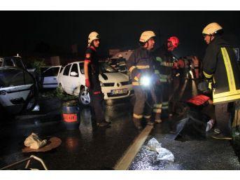 Zincirleme Kazalar Peş Peşe Geldi: 2 Ölü, 13 Yaralı