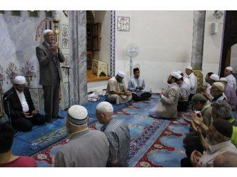 Kütahya'da Dünya Hafızlarından Kur'an-ı Kerim Ziyafeti