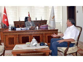 Vali Ahmet Hamdi Nayir: Kütahya Medyasını Beğendim