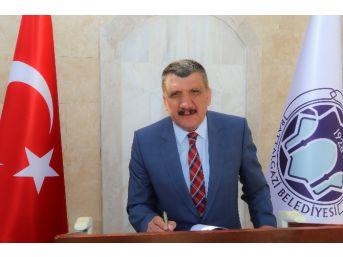 Başkan Gürkan'ın Kadir Gecesi Mesajı