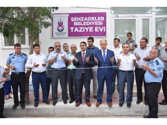 Şehzadeler'den Turgut Özal Mahallesi'nde İftar Ve Açılış