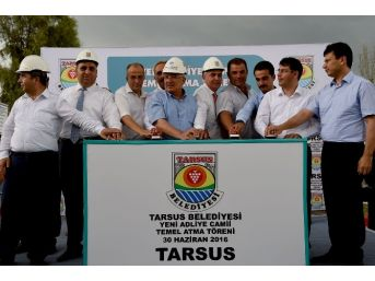 Tarsus'ta Üçüncü Caminin Temeli Atıldı