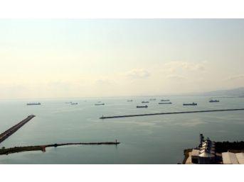 22 Gemi Samsun'dan Rusya'ya Mal Götürmek İçin Bekliyor
