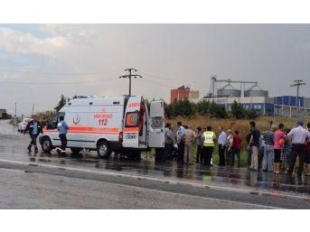 İşçi Servisi Devrildi 16 Kişi Yaralandı