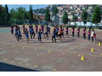 Zonguldak'ı Ve Türkiye'yi Ciof Festivali'nde Temsil Edecekler