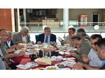 Başkan Aksoy Gazetecilerle Bir Araya Geldi