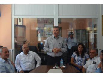 Ak Partili Özdağ, Selendi'de Partilileriyle Bayramlaştı