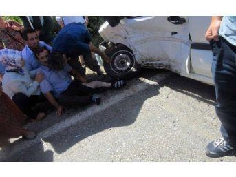 Zonguldak - Bartın Karayolu'nda Trafik Kazası: 5 Yaralı