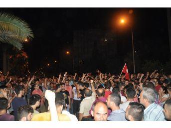 """Adana'da Gece Yarısı Camilerde Halka """"demokrasi"""" Vurgusu"""
