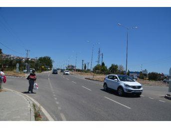 Trafik Işığı Olmayan Kavşak, Tehlike Saçıyor