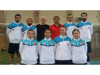 Badmintoncular Avrupa Şampiyonası İçin Hırvatistan'a Gidiyor